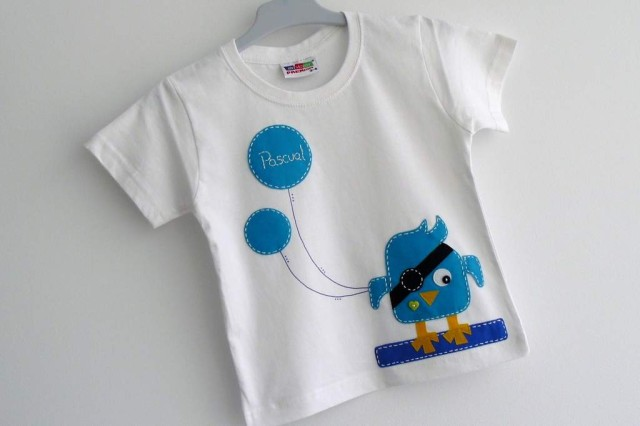 camiseta fieltro personalizada artesania hecho a mano tweet pirata 003