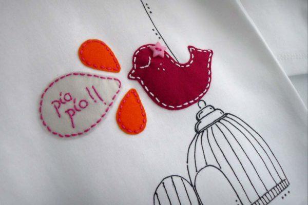 camiseta-personalizada-fieltro-a-mano-artesania-canto-de-gorrion 001