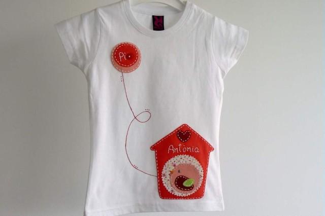 camiseta-personalizada-fieltro-a-mano-artesania-casita-de-pajaros