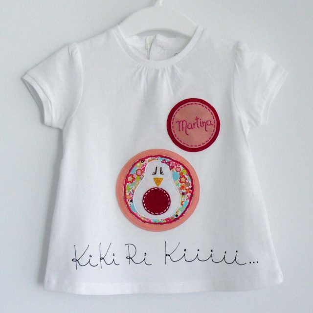 camiseta fieltro personalizada artesania hecho a mano kikirikiii