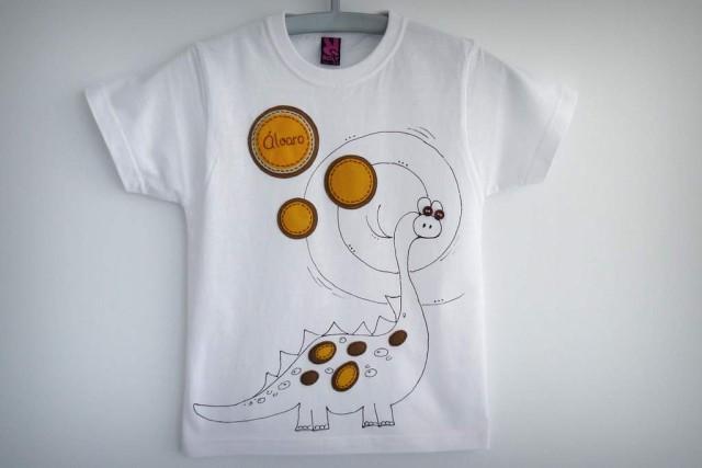 camiseta fieltro personalizada artesania hecho a mano love dinos 03
