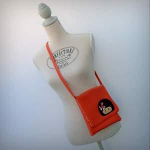 bolso bandolera simil piel mini coquetona artesania hecho a mano-006