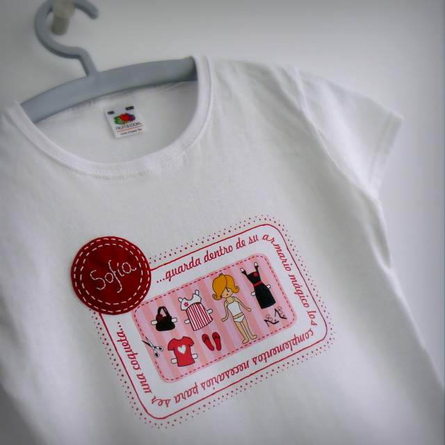 camiseta armario magico transferible personalizada 002