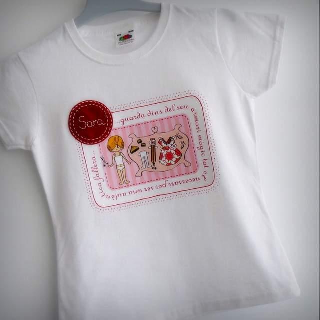 camisetas fallera artesanal personalizada con nombre 001