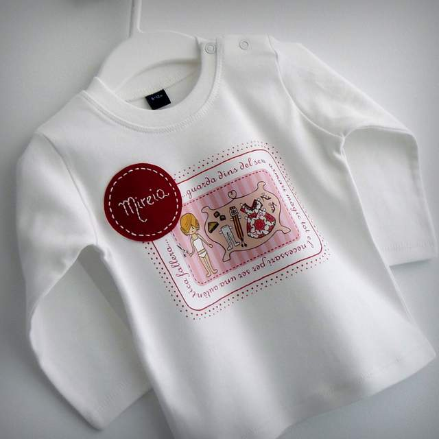 camisetas fallera artesanal personalizada con nombre 005