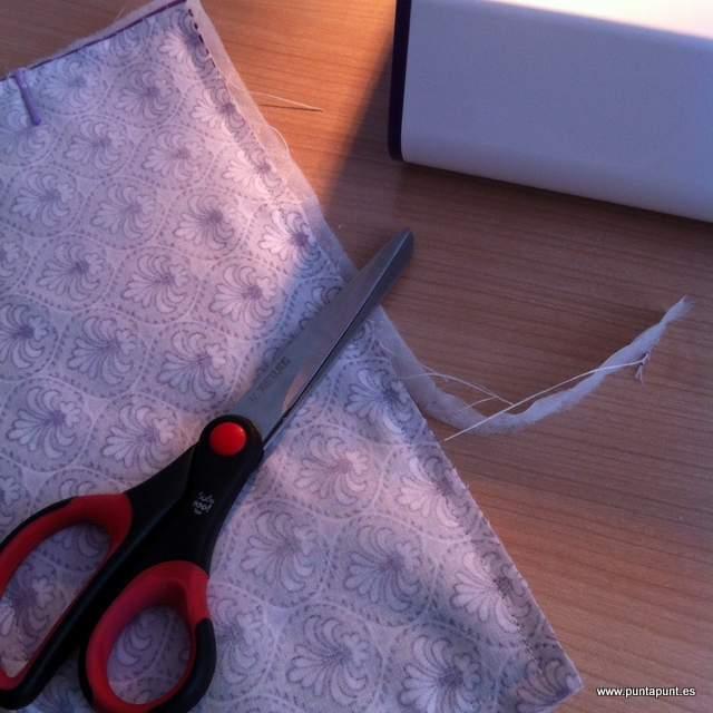 free tutorial de costura neceser intimo de puntapunt -013