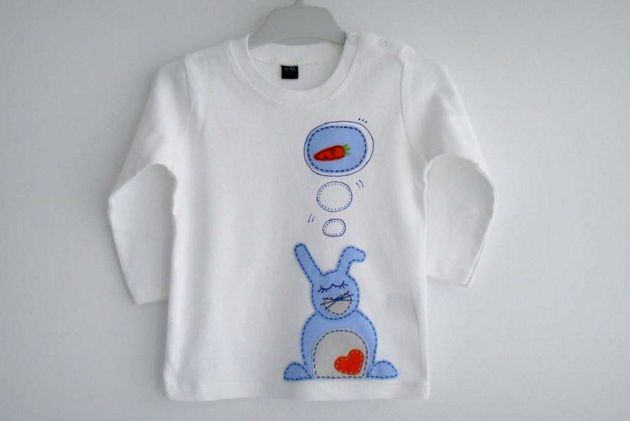 camiseta-personalizada-fieltro-a-mano-artesania-sonando-zanahorias 001