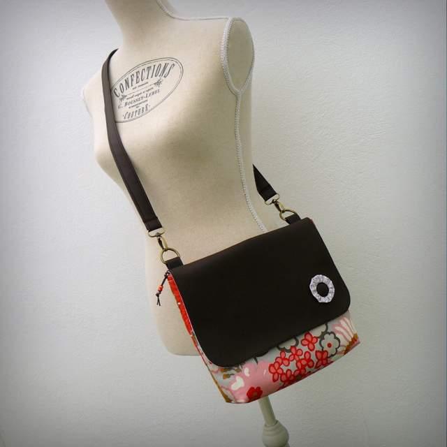 bolso bandolera para mujer ligero artesanal personalizado-004