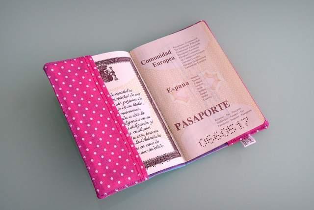 funda para pasaporte personalizada artesanal-004