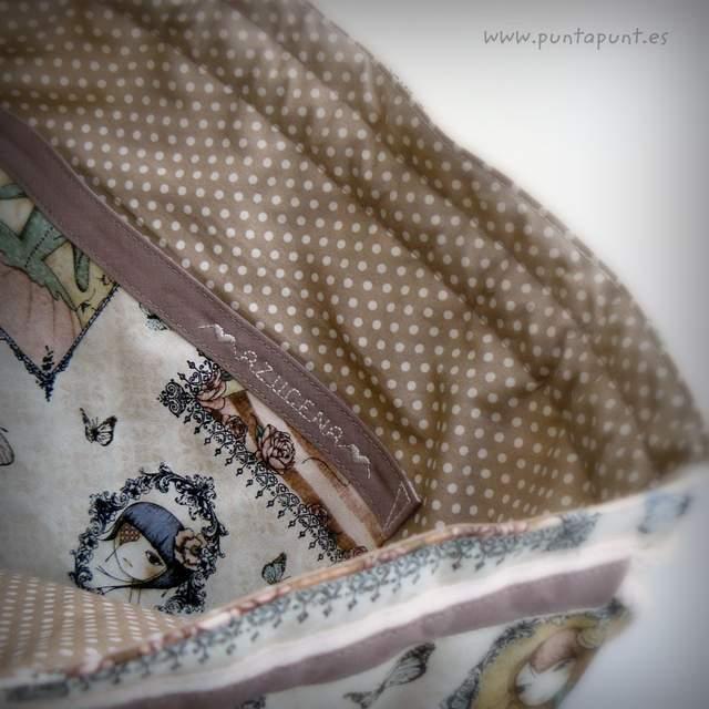 mochila personalizada moloona punt a punt-001