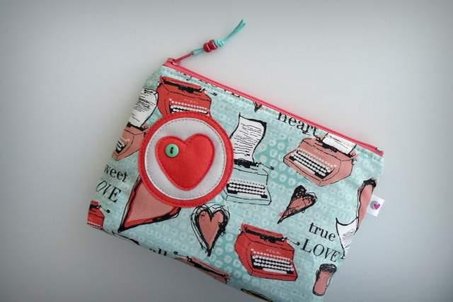 neceser pequeño para bolso personalizado artesanal-017