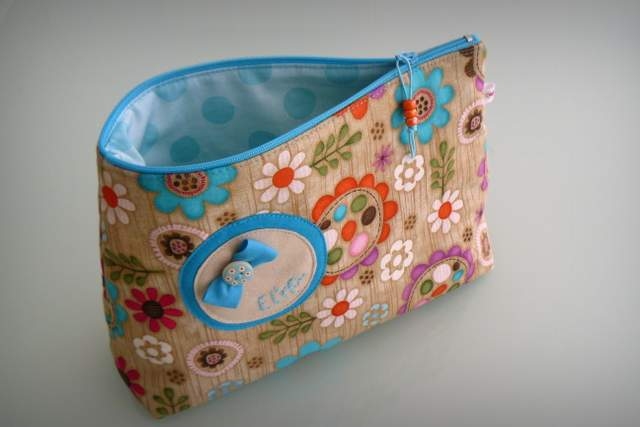 neceser pequeño para bolso personalizado artesanal-019