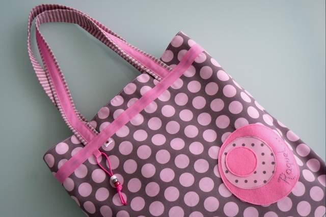 set de bolso y toalla para chica personalizado artesanal-004