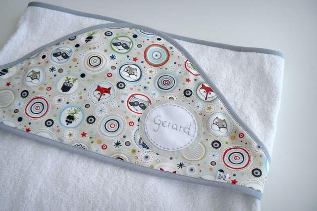 toalla capa infantil artesanal personalizada 006