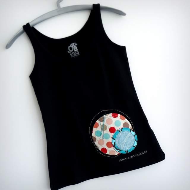 camiseta con retales personalizada artesanal punt a punt