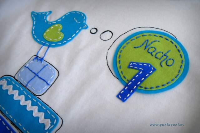 camiseta para aniversario infantil personalizada artesanal punt a punt-001