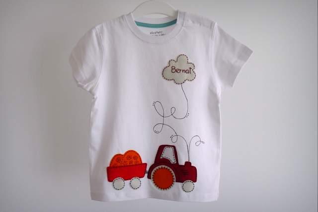 camiseta personalizada artesanal bordada a mano-010