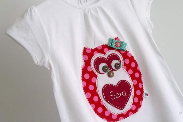 camiseta personalizada artesanal bordada a mano-018