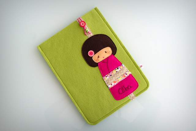 funda ordenador tablet movil fieltro grueso artesanal -006