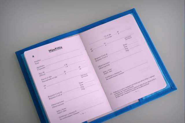 funda para libro de familia personalizada artesanal-001