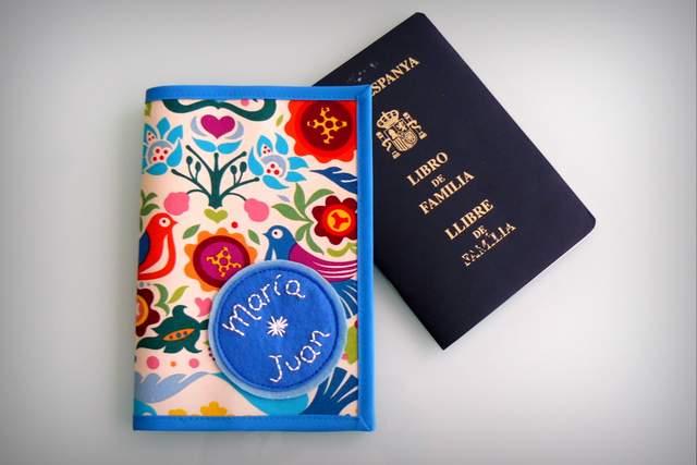 funda para libro de familia personalizada artesanal-002
