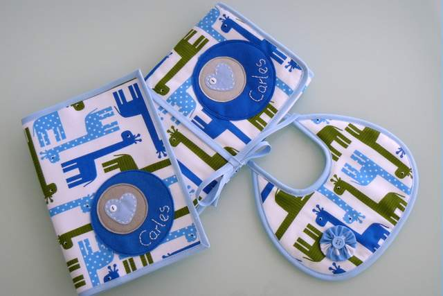 set de bebe personalizado varias piezas artesanal punt a punt-006