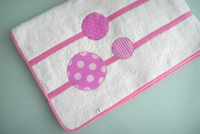 set de bolso y toalla para chica personalizado artesanal-006