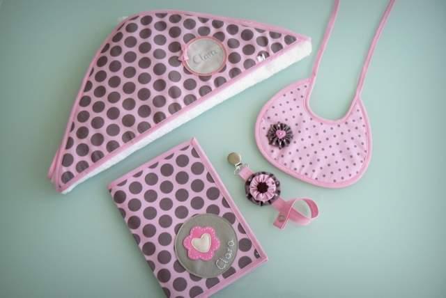 set para bebe con capa de bano ducha personalizado artesanal-003