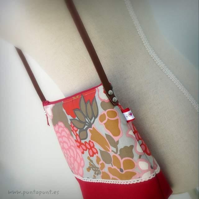 bolso bandolera artesanal modelo panama rojo punt a punt-002