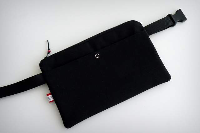 bolso cintura para documentacion de viaje personalizado punt a punt -003