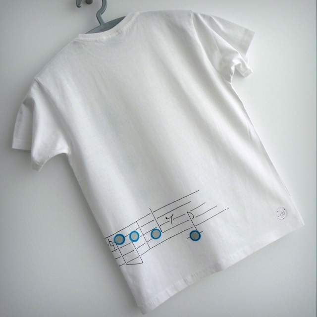 camiseta artesanal personalizada feel the music punt a punt-002