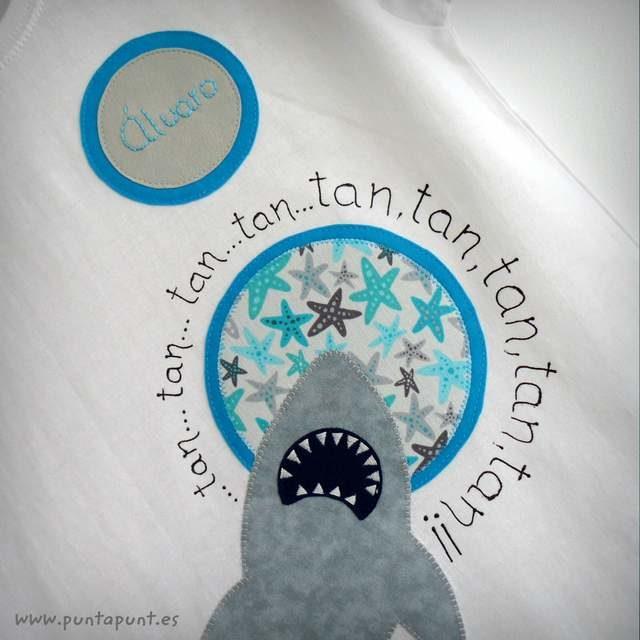 "Camiseta ""Tiburón"""