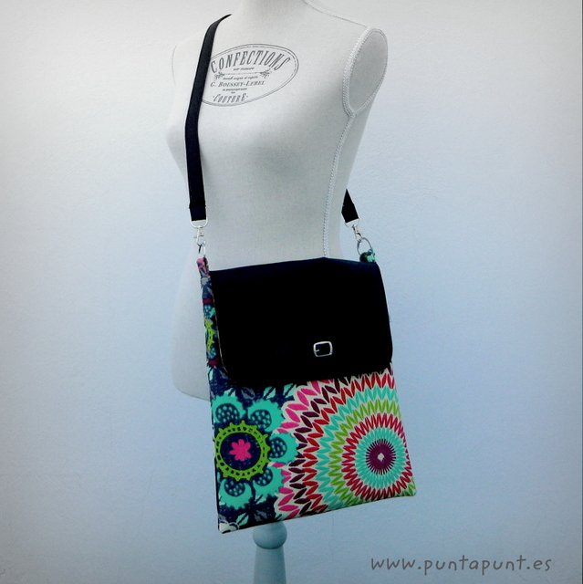 bolso artesanal basico 4x4 con solapa mandala verde punt a punt-002