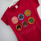 camiseta personalizada chica fucsia be yourself punt a punt
