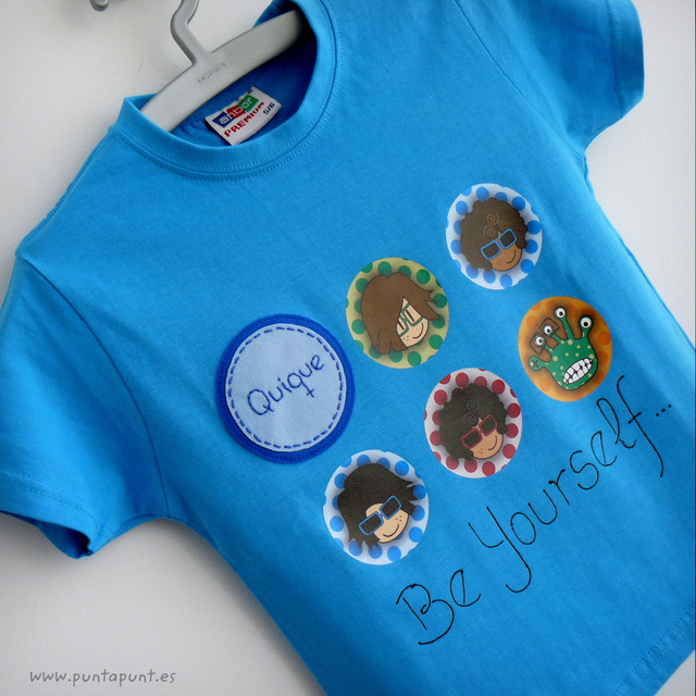 camiseta personalizada chico azul be yourself punt a punt-001