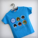 camiseta personalizada chico azul be yourself punt a punt