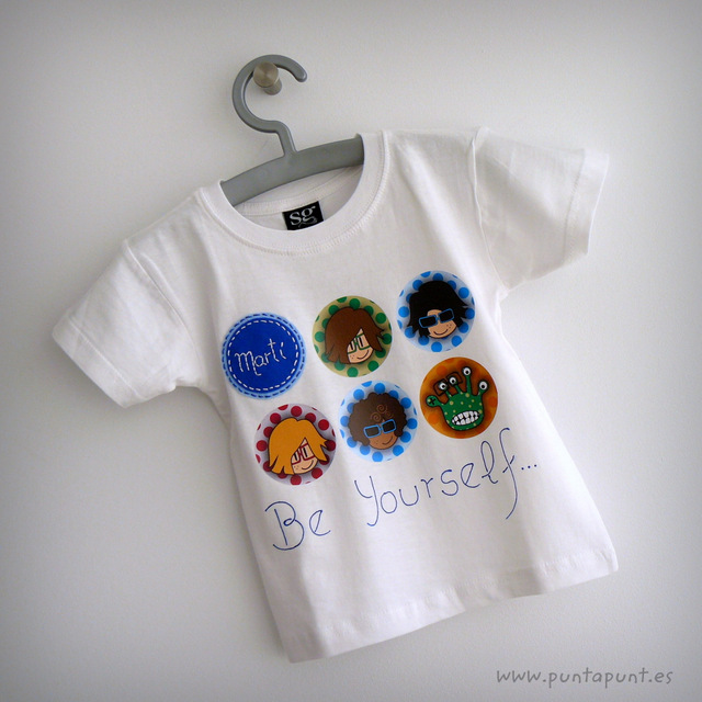 camiseta personalizada chico blanca be yourself punt a punt