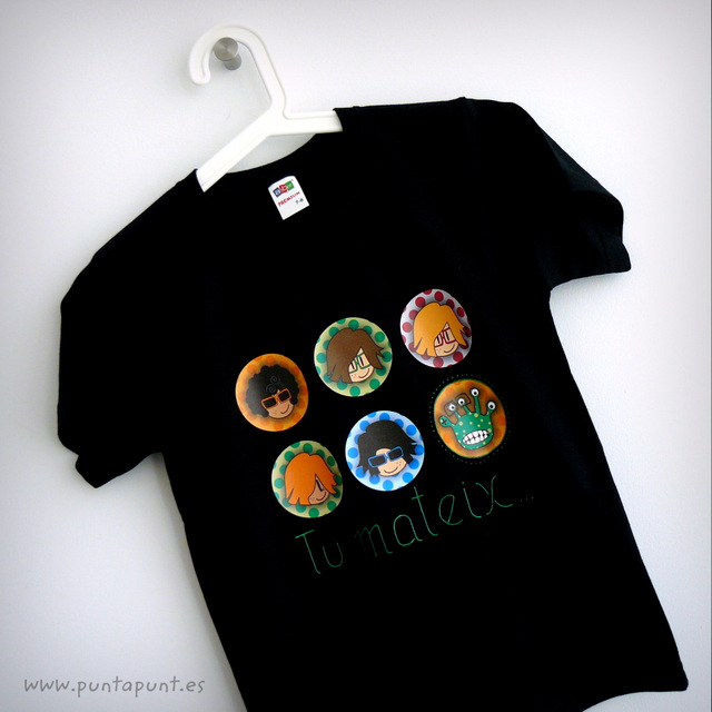 camiseta personalizada chico negra be yourself punt a punt