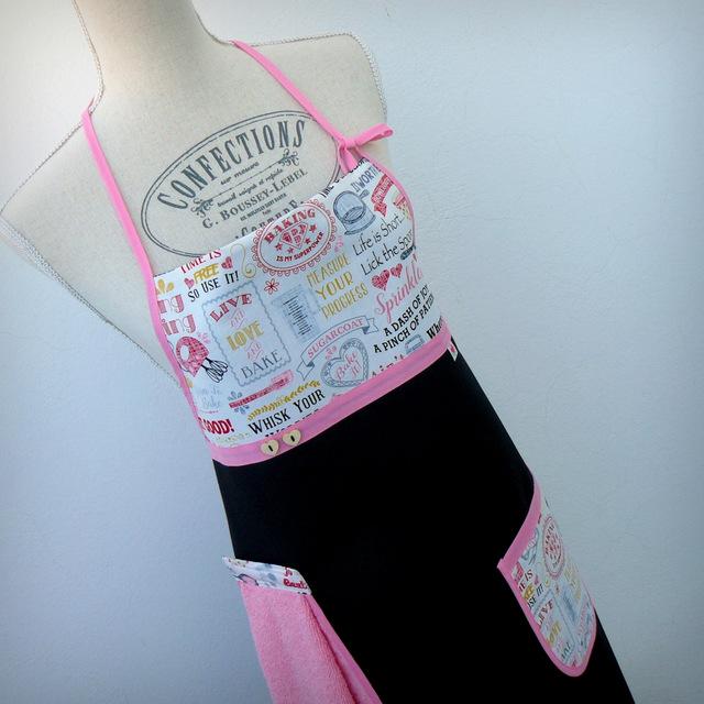 delantal-para-mujer-quitaypon-baking-pink-en-stock-punt-a-punt-001