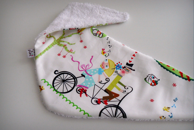 bandana de rizo para bebe amor en bicicleta en stock punt a punt-001