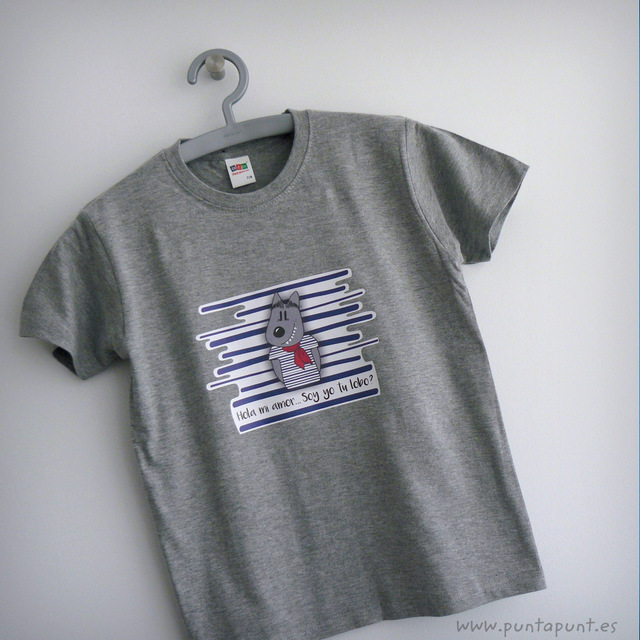 camiseta gris con motivo de lobo caperucita punt a punt