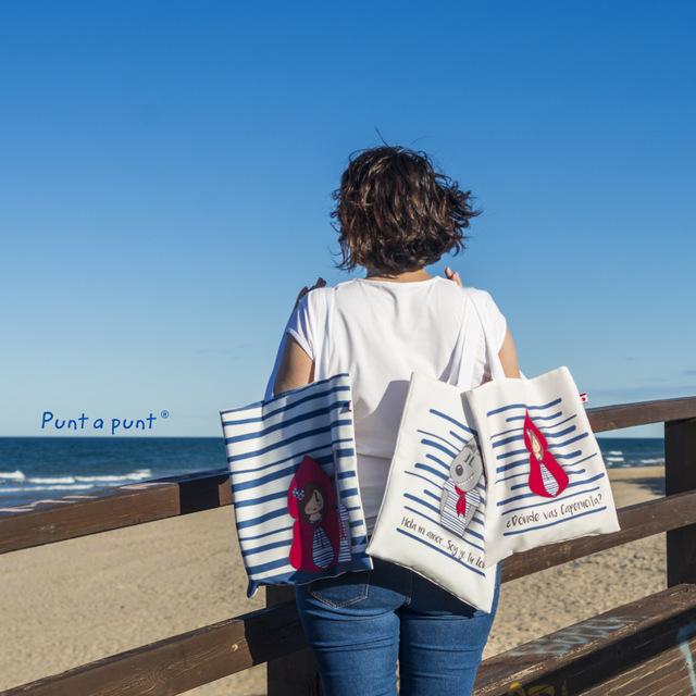 imagen web bolsa cotton y camiseta donde vas caperucita punt a punt-002