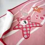 toalla de playa pezquenines azul o rosa punt a punt-007