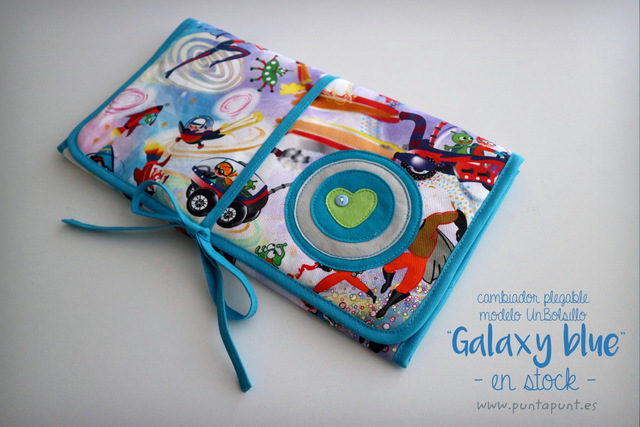Cambiador plegable mod. UnBolsillo «Galaxy blue» – en stock