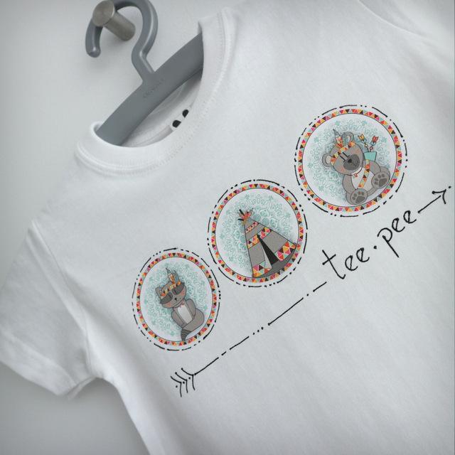 camiseta personalizada tee pee surtido modelo mapache y tipi punt a punt-004