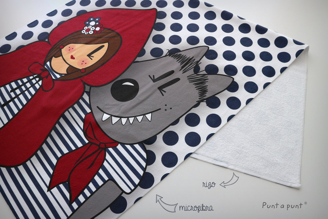 toalla playa personalizada caperucita y lobo punt a punt-001