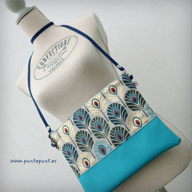 bolso bandolera flor de loto azul en stock punt a punt-004