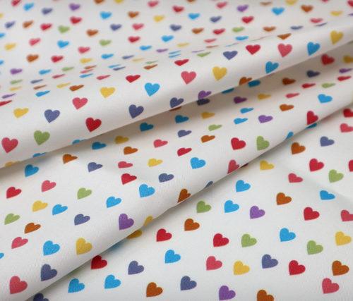 detalle textil mini corazones punt a punt