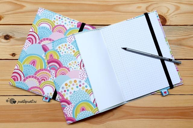 funda con cuaderno arcoiris punt a punt interior